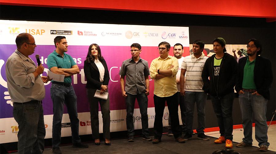 Más de 100 jóvenes emprendedores participan en el Hackathon Honduras Digital Challenge 2018